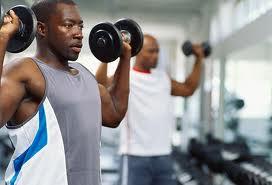 افزایش حجم به کمک تمرین و تغذیه صحیح