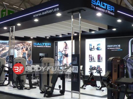 باشگاه تجهیز شده با دستگاه بدنسازی سالتر salter