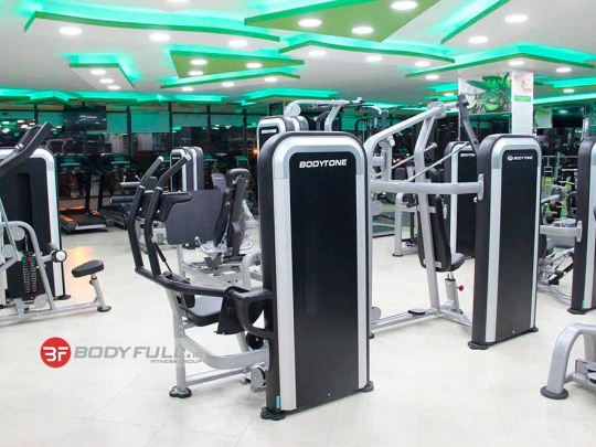 باشگاه تجهیز شده با دستگاه های بدنسازی شرکت بادی تون body tone