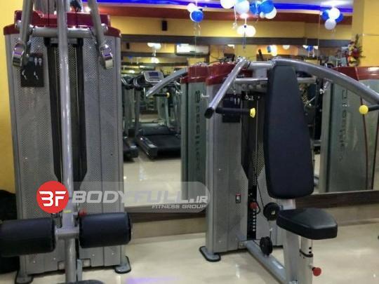 باشگاه مجهز شده با دستگاه بدنسازی استیل فلکس steel flex