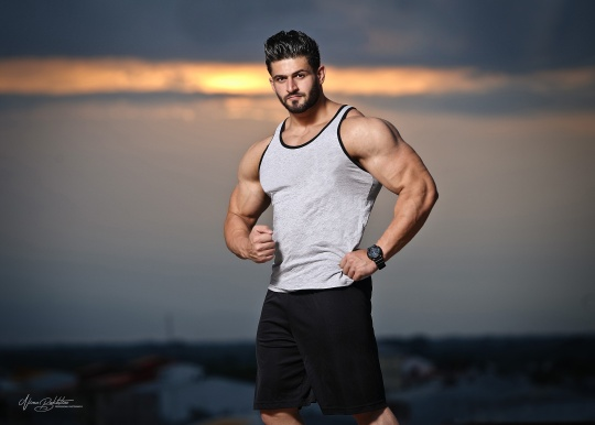 مسعود پسرعضلانی رشت