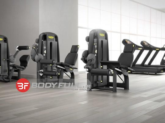 باشگاه بدنسازی تجهیز شده با دستگاه بدنسازی تکنوجیم techno gym