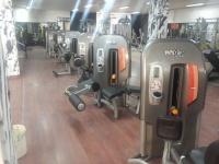 باشگاه بدنسازی تجهیز شده با دستگاه های دبلیو ان کیو wnq