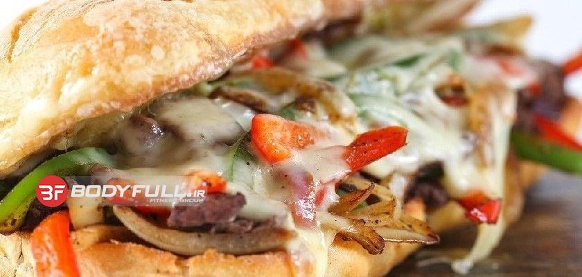 دستور غذایی ساندویچ استیک و پنیر گریل شده مخصوص بدنسازان