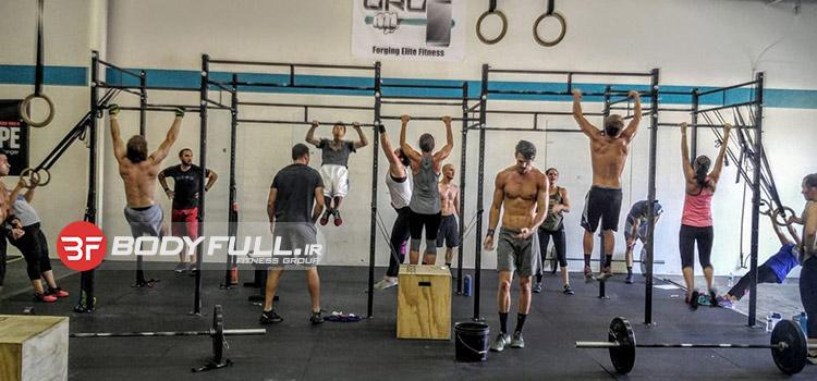کراس فیت چیست؟ کراس فیت یک برنامه قدرت و آماده سازی عضلات میانی بدن (Core) یا به عبارتی، عضلات مرکزی بدن است.